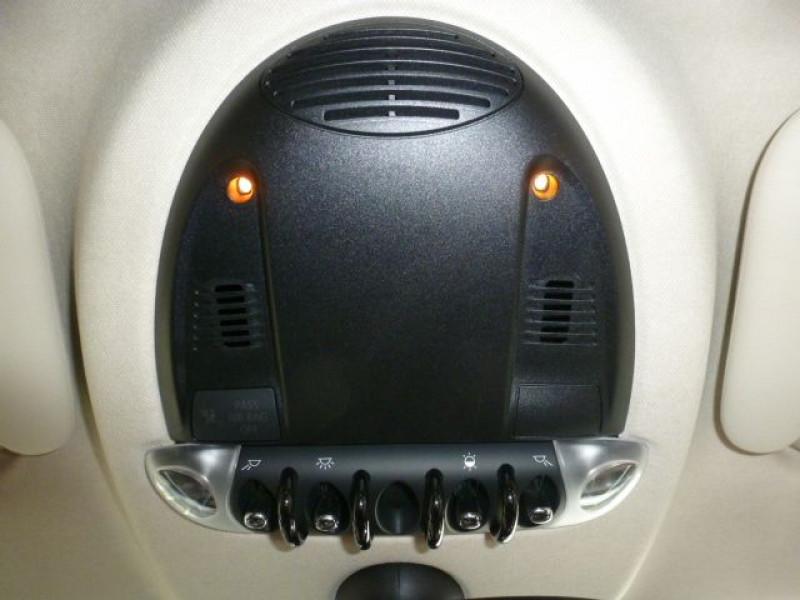 Photo 17 de l'offre de MINI COUNTRYMAN COOPER D 112CH à 19990€ chez Azur Automobile