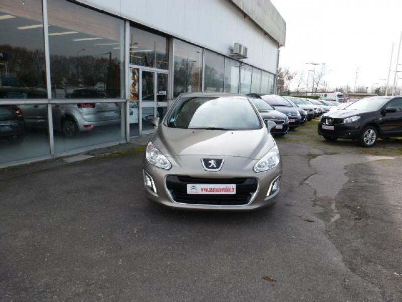 Photo 21 de l'offre de PEUGEOT 308 1.6 E-HDI112 FAP ACTIVE 5P à 11990€ chez Azur Automobile