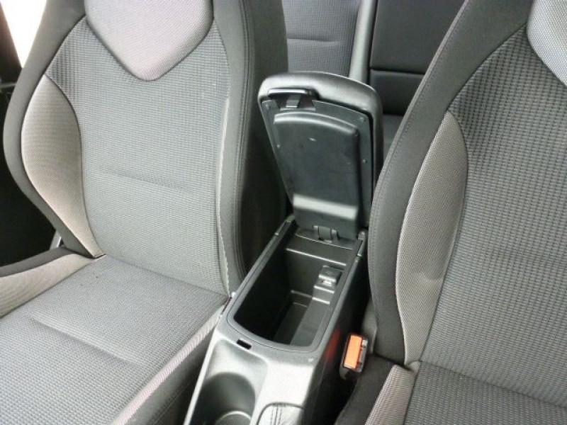Photo 25 de l'offre de PEUGEOT 308 1.6 E-HDI112 FAP ACTIVE 5P à 11990€ chez Azur Automobile