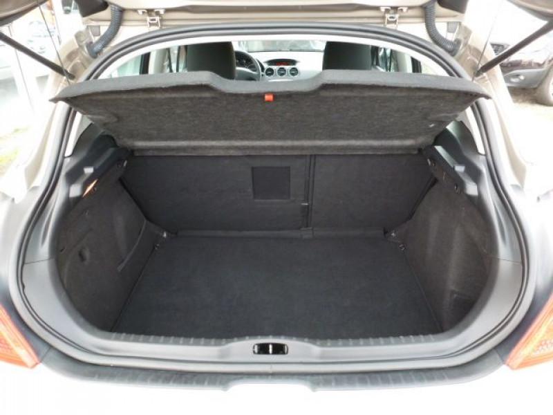 Photo 5 de l'offre de PEUGEOT 308 1.6 E-HDI112 FAP ACTIVE 5P à 11990€ chez Azur Automobile