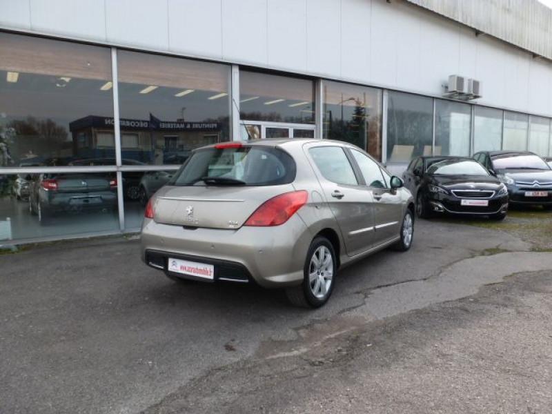 Photo 3 de l'offre de PEUGEOT 308 1.6 E-HDI112 FAP ACTIVE 5P à 11990€ chez Azur Automobile