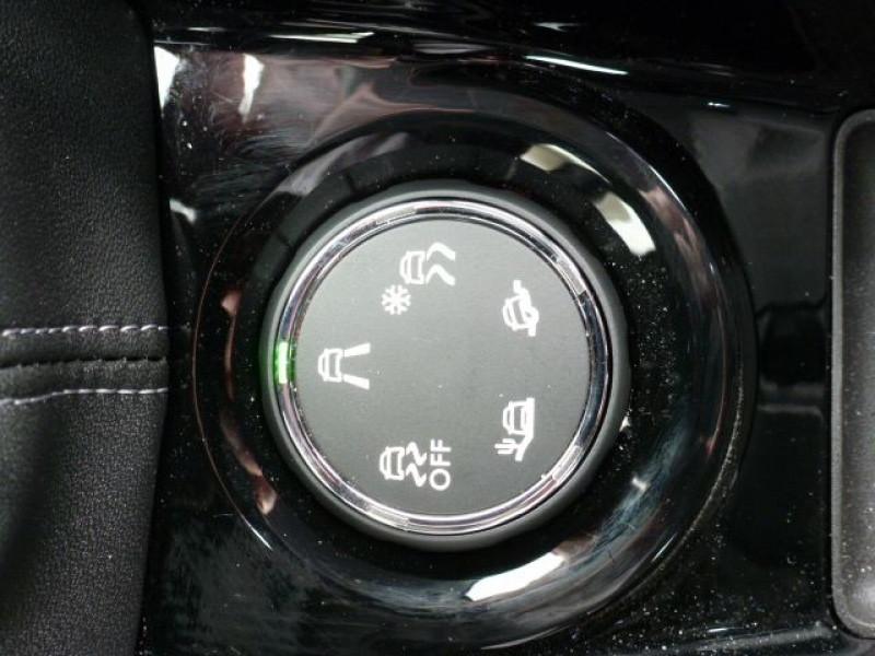 Photo 9 de l'offre de PEUGEOT 2008 1.6 BLUEHDI 120CH ALLURE S&S à 19990€ chez Azur Automobile