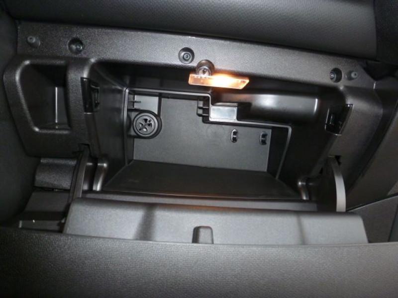 Photo 21 de l'offre de MINI COUNTRYMAN COOPER D 112CH à 19990€ chez Azur Automobile