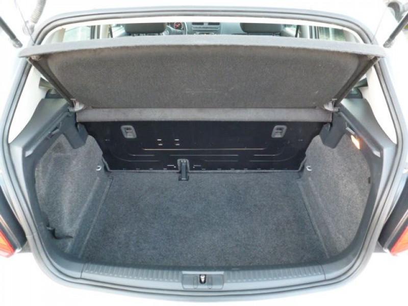 Photo 15 de l'offre de VOLKSWAGEN POLO 1.2 TSI 90CH BLUEMOTION TECHNOLOGY CONFORTLINE 5P à 10490€ chez Azur Automobile