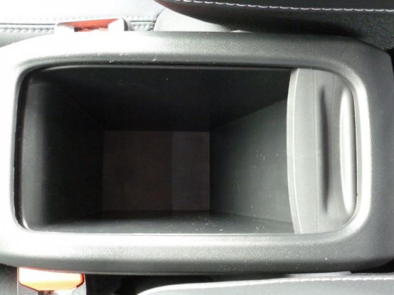 Photo 26 de l'offre de PEUGEOT 2008 1.6 BLUEHDI 120CH ALLURE S&S à 19990€ chez Azur Automobile
