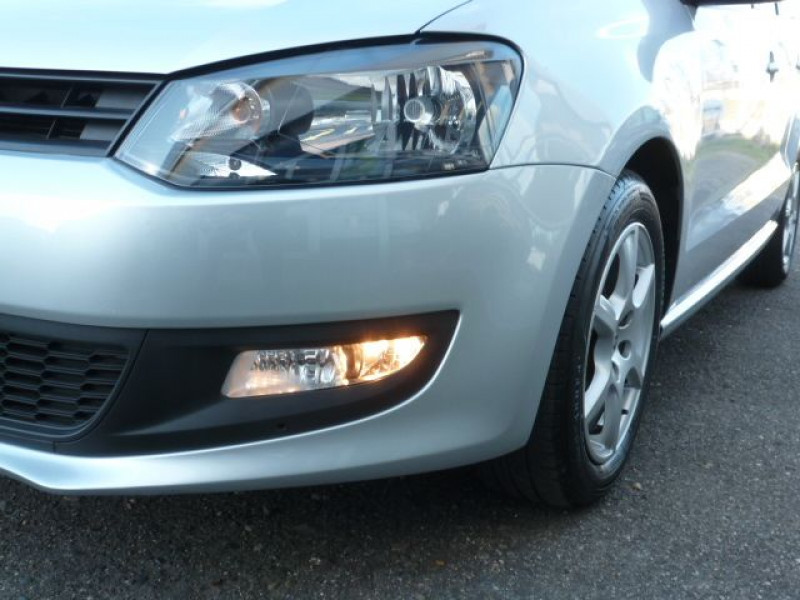 Photo 33 de l'offre de VOLKSWAGEN POLO 1.2 TSI 90CH BLUEMOTION TECHNOLOGY CONFORTLINE 5P à 10490€ chez Azur Automobile