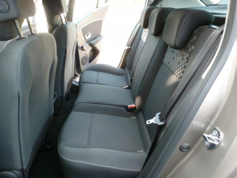 Photo 8 de l'offre de RENAULT MEGANE III 1.5 DCI110 FAP EXPRESSION ECO² à 14990€ chez Azur Automobile