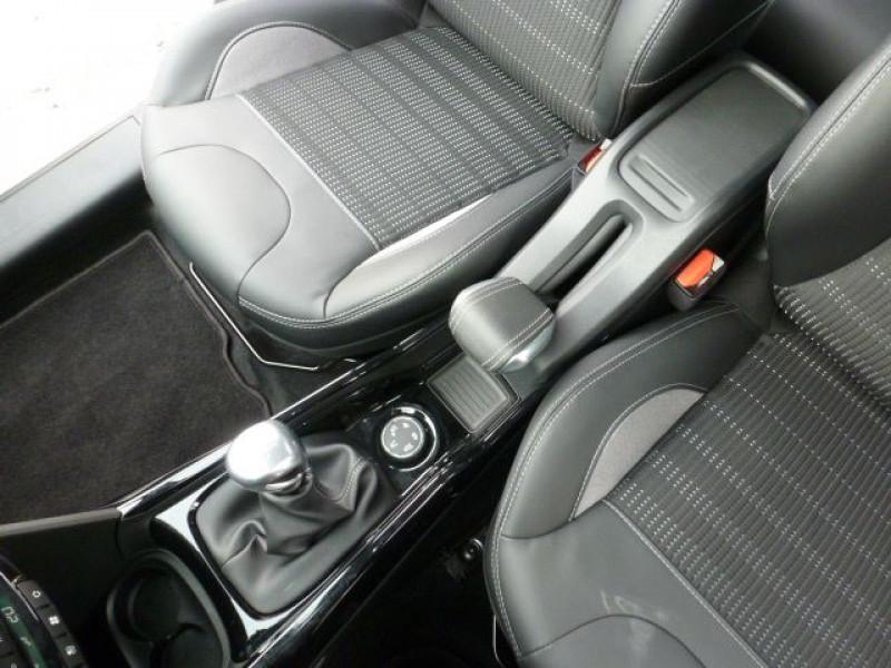 Photo 27 de l'offre de PEUGEOT 2008 1.6 BLUEHDI 120CH ALLURE S&S à 19990€ chez Azur Automobile