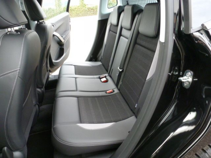 Photo 15 de l'offre de PEUGEOT 2008 1.6 BLUEHDI 120CH ALLURE S&S à 19990€ chez Azur Automobile