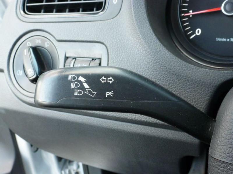 Photo 20 de l'offre de VOLKSWAGEN POLO 1.2 TSI 90CH BLUEMOTION TECHNOLOGY CONFORTLINE 5P à 10490€ chez Azur Automobile