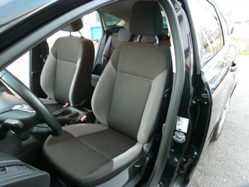 Photo 23 de l'offre de FORD FOCUS 1.6 TDCI 115CH STOP&START TREND à 13490€ chez Azur Automobile