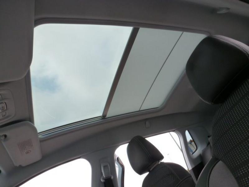Photo 41 de l'offre de PEUGEOT 2008 1.6 E-HDI115 FAP ALLURE à 19900€ chez Azur Automobile
