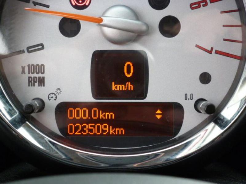 Photo 16 de l'offre de MINI COUNTRYMAN COOPER D 112CH à 19990€ chez Azur Automobile