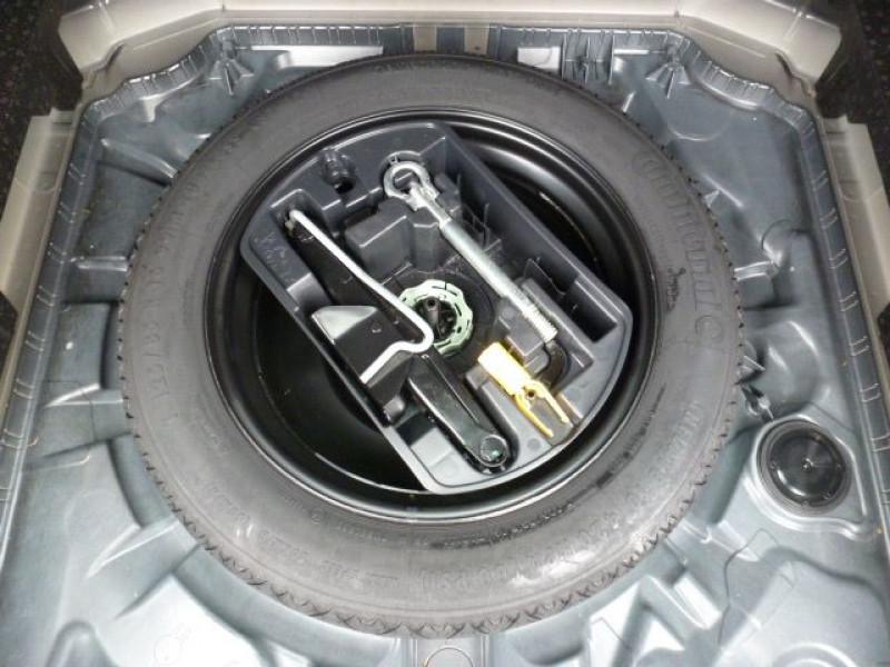 Photo 14 de l'offre de PEUGEOT 308 SW 1.6 HDI FAP 92CH ACTIVE à 17990€ chez Azur Automobile