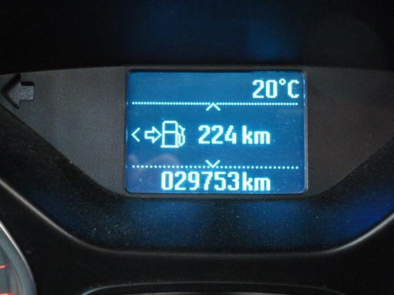 Photo 17 de l'offre de FORD FOCUS 1.6 TDCI 115CH STOP&START TREND à 13490€ chez Azur Automobile