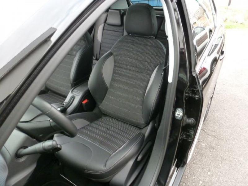 Photo 9 de l'offre de PEUGEOT 2008 1.6 E-HDI115 FAP ALLURE à 19900€ chez Azur Automobile