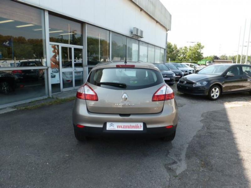 Photo 14 de l'offre de RENAULT MEGANE III 1.5 DCI110 FAP EXPRESSION ECO² à 14990€ chez Azur Automobile