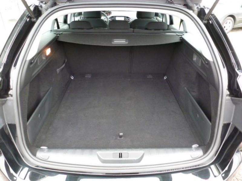 Photo 13 de l'offre de PEUGEOT 308 SW 1.6 HDI FAP 92CH ACTIVE à 17990€ chez Azur Automobile