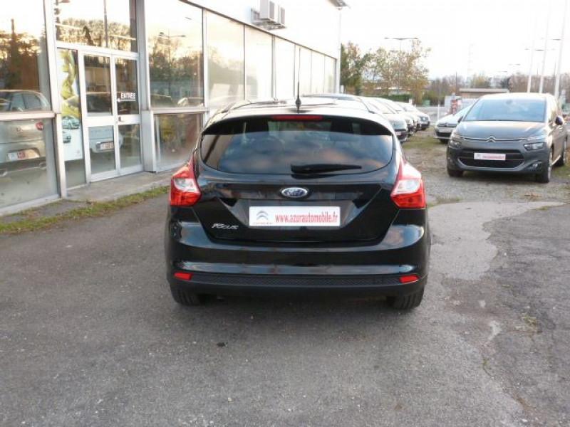 Photo 14 de l'offre de FORD FOCUS 1.6 TDCI 115CH STOP&START TREND à 13490€ chez Azur Automobile