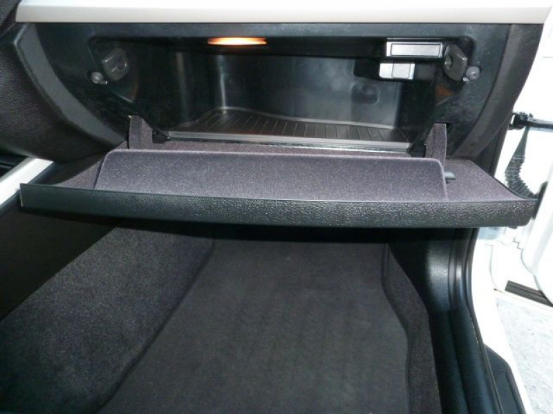 Photo 30 de l'offre de BMW SERIE 1 (F21/F20) 116D 116CH EFFICIENTDYNAMICS EDITION LOUNGE 5P à 20500€ chez Azur Automobile