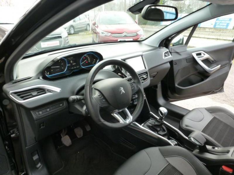 Photo 14 de l'offre de PEUGEOT 2008 1.6 E-HDI115 FAP ALLURE à 19900€ chez Azur Automobile