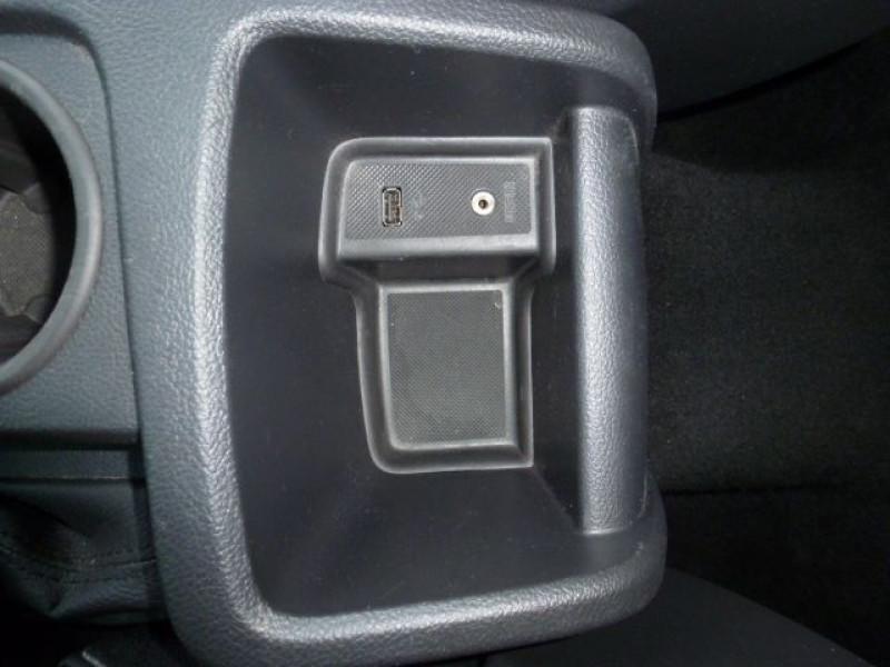 Photo 20 de l'offre de FORD FOCUS 1.6 TDCI 115CH STOP&START TREND à 13490€ chez Azur Automobile