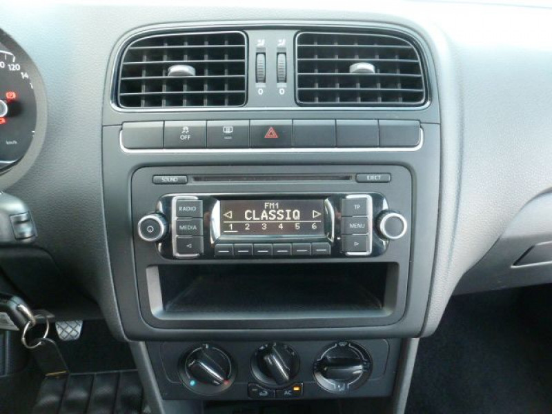 Photo 9 de l'offre de VOLKSWAGEN POLO 1.2 TSI 90CH BLUEMOTION TECHNOLOGY CONFORTLINE 5P à 10490€ chez Azur Automobile