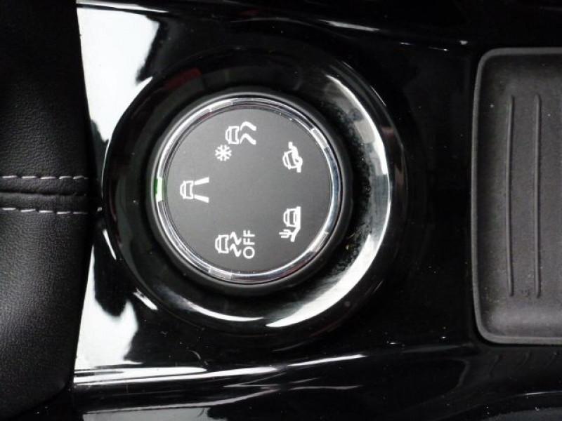 Photo 21 de l'offre de PEUGEOT 2008 1.6 E-HDI115 FAP ALLURE à 19900€ chez Azur Automobile
