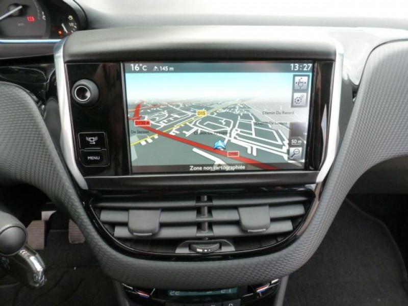 Photo 20 de l'offre de PEUGEOT 2008 1.6 E-HDI115 FAP ALLURE à 19900€ chez Azur Automobile