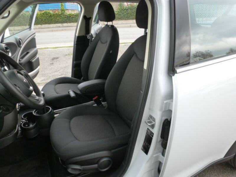 Photo 26 de l'offre de MINI COUNTRYMAN COOPER D 112CH à 19990€ chez Azur Automobile