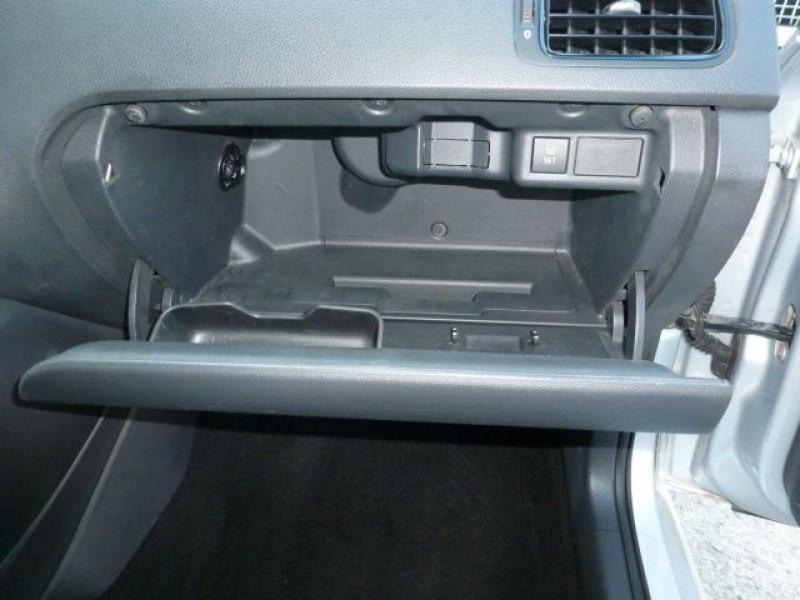 Photo 28 de l'offre de VOLKSWAGEN POLO 1.2 TSI 90CH BLUEMOTION TECHNOLOGY CONFORTLINE 5P à 10490€ chez Azur Automobile