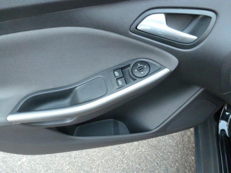 Photo 24 de l'offre de FORD FOCUS 1.6 TDCI 115CH STOP&START TREND à 13490€ chez Azur Automobile