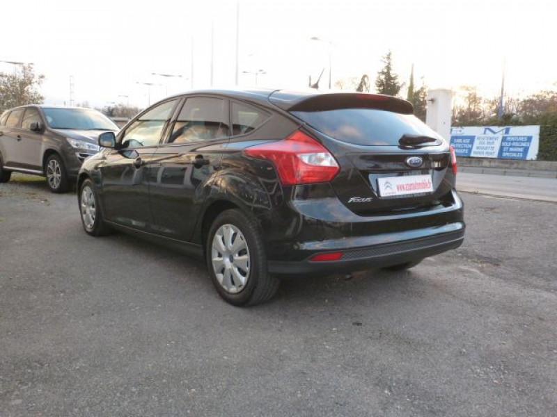 Photo 3 de l'offre de FORD FOCUS 1.6 TDCI 115CH STOP&START TREND à 13490€ chez Azur Automobile