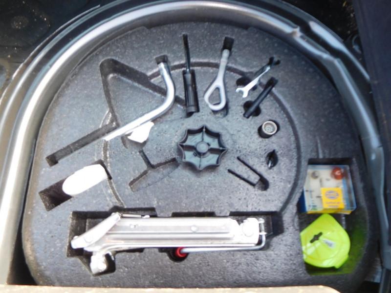 Photo 7 de l'offre de AUDI TT 1.8 T 150CH DESIGN EDITION à 8900€ chez Automobiles Raoul Moço