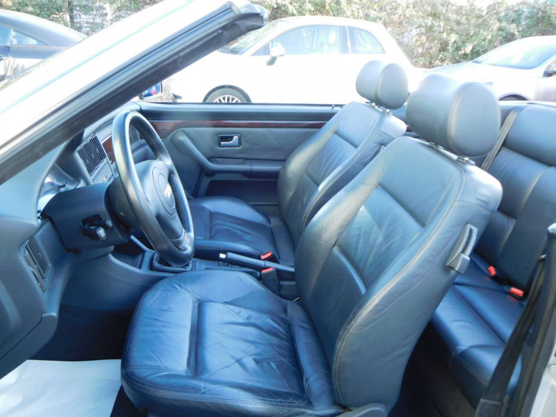 Photo 7 de l'offre de AUDI CABRIOLET 1.9 TDI 90CH à 15900€ chez Automobiles Raoul Moço