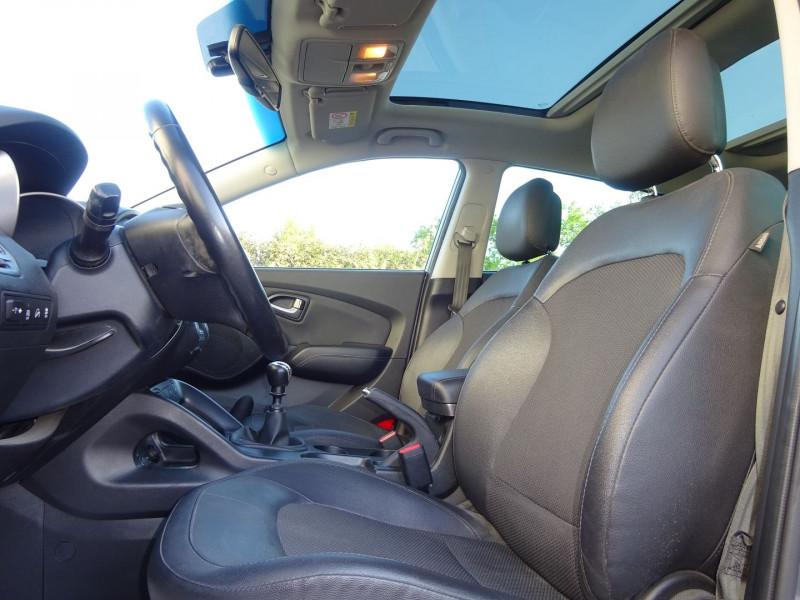 Photo 4 de l'offre de HYUNDAI IX35 1.7 CRDI 115CH CREATIVE BLUE DRIVE à 10900€ chez Automobiles Raoul Moço