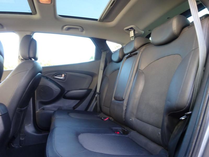 Photo 6 de l'offre de HYUNDAI IX35 1.7 CRDI 115CH CREATIVE BLUE DRIVE à 10900€ chez Automobiles Raoul Moço