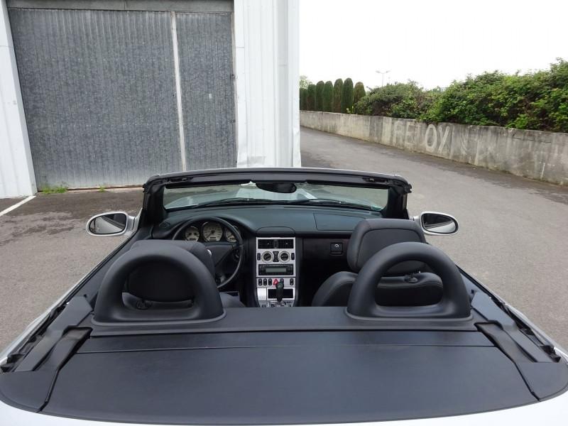 Photo 8 de l'offre de MERCEDES-BENZ CLASSE SLK (R170) 320 BA à 7900€ chez Automobiles Raoul Moço