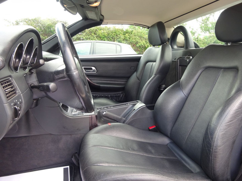 Photo 6 de l'offre de MERCEDES-BENZ CLASSE SLK (R170) 320 BA à 7900€ chez Automobiles Raoul Moço