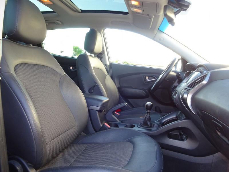 Photo 5 de l'offre de HYUNDAI IX35 1.7 CRDI 115CH CREATIVE BLUE DRIVE à 10900€ chez Automobiles Raoul Moço