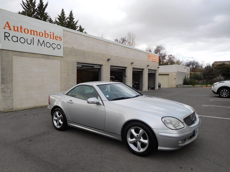 Photo 11 de l'offre de MERCEDES-BENZ CLASSE SLK (R170) 320 BA à 8900€ chez Automobiles Raoul Moço
