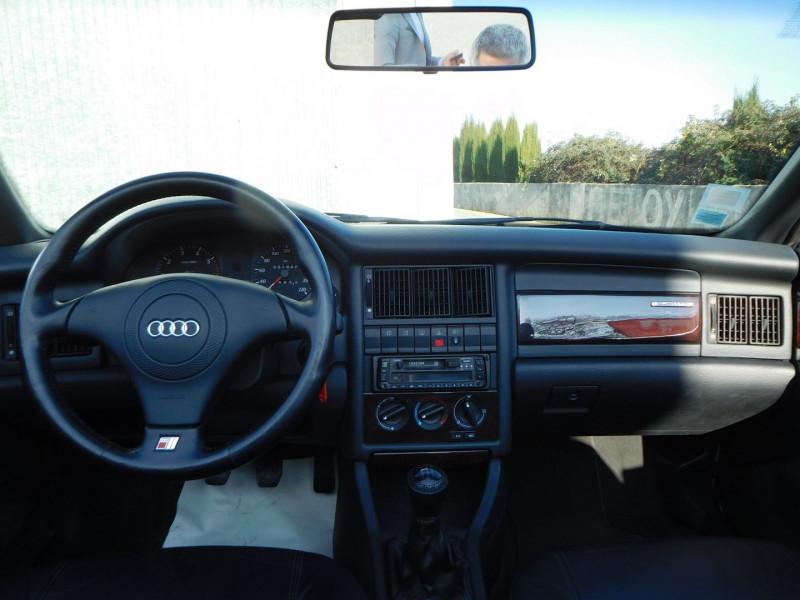 Photo 10 de l'offre de AUDI CABRIOLET 1.9 TDI 90CH à 15900€ chez Automobiles Raoul Moço