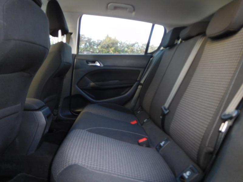 Photo 7 de l'offre de PEUGEOT 308 1.6 BLUEHDI 120CH STYLE S&S EAT6 5P à 14900€ chez Automobiles Raoul Moço