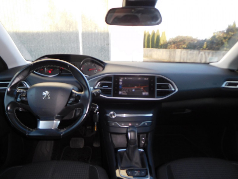 Photo 4 de l'offre de PEUGEOT 308 1.6 BLUEHDI 120CH STYLE S&S EAT6 5P à 14900€ chez Automobiles Raoul Moço
