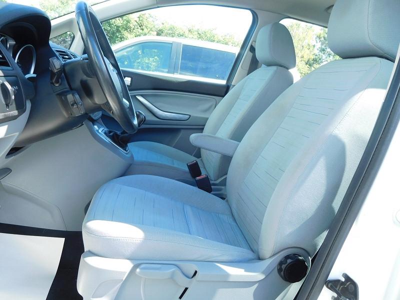 Photo 4 de l'offre de FORD C-MAX 1.6 TDCI 90CH TREND à 4900€ chez Automobiles Raoul Moço