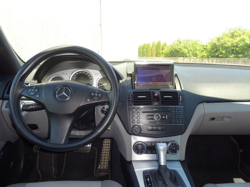 Photo 7 de l'offre de MERCEDES-BENZ CLASSE C (W204) 350 AMG CDI AVANTGARDE 7GTRO à 10900€ chez Automobiles Raoul Moço
