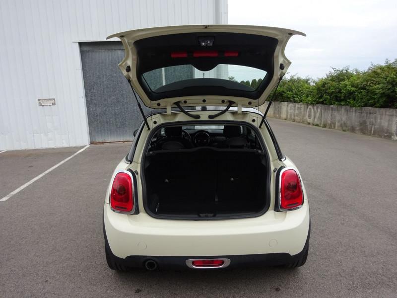 Photo 8 de l'offre de MINI MINI COOPER 136CH PACK CHILI à 11900€ chez Automobiles Raoul Moço