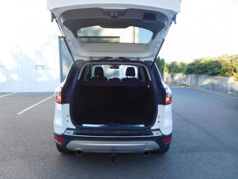 Photo 9 de l'offre de FORD KUGA 2.0 TDCI 150CH STOP&START TITANIUM 4X4 à 16900€ chez Automobiles Raoul Moço