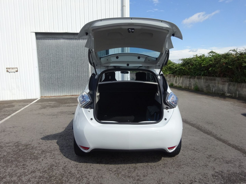 Photo 9 de l'offre de RENAULT ZOE LIFE CHARGE RAPIDE TYPE 2 à 7900€ chez Automobiles Raoul Moço