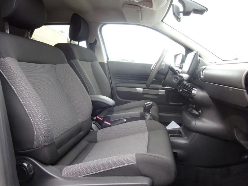 Photo 5 de l'offre de CITROEN C4 CACTUS BLUEHDI 100 SHINE EDITION à 8900€ chez Automobiles Raoul Moço